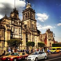 Foto tirada no(a) Catedral Metropolitana de la Asunción de María por Oscar B. em 3/1/2013