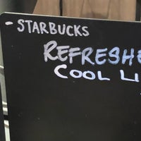 Foto scattata a Starbucks da Gordon W. il 6/19/2018