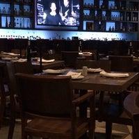 Foto tirada no(a) La Ocho Restaurante por Jimena P. em 1/23/2014