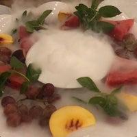 9/27/2018 tarihinde Dena F.ziyaretçi tarafından Çakıl Restaurant - Ataşehir'de çekilen fotoğraf