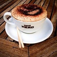 Das Foto wurde bei Caffè Nero von Heba A. am 3/29/2013 aufgenommen