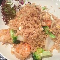 Das Foto wurde bei Thai Basilikum von ShaneDoe am 10/26/2012 aufgenommen