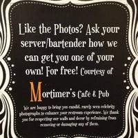 Foto diambil di Mortimer's Cafe & Pub oleh Tim S. pada 1/13/2013