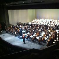 Foto tirada no(a) Yavapai College Performance Hall por Melissa R. em 12/15/2013