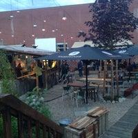 6/24/2014 tarihinde Eline F.ziyaretçi tarafından White Trash Fast Food'de çekilen fotoğraf
