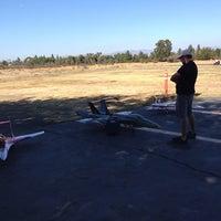 10/11/2013에 Rika P.님이 Apollo XI Model Aircraft Airstrip에서 찍은 사진