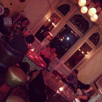 Foto diambil di Mollie Fontaine's Lounge oleh Bruce R. pada 1/11/2013