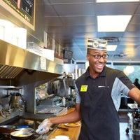 8/28/2017에 Waffle H.님이 Waffle House에서 찍은 사진