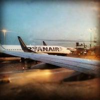 Foto tirada no(a) London Stansted Airport (STN) por Jacopo P. em 9/18/2012