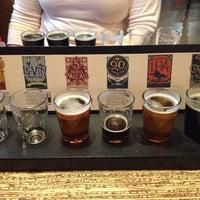 รูปภาพถ่ายที่ Odell Brewing Company โดย Jeremy K. เมื่อ 12/18/2012