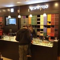 Снимок сделан в Nespresso Boutique пользователем Hen s. 6/8/2013
