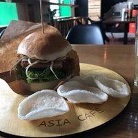 Снимок сделан в Asia Cafe пользователем Bazi l. 10/8/2018