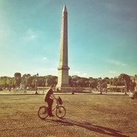 Das Foto wurde bei Place de la Concorde von Genaro B. am 7/31/2013 aufgenommen