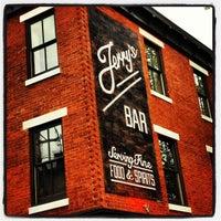 5/11/2013にTrenton China R.がJerry's Barで撮った写真