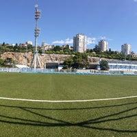 Das Foto wurde bei NK Rijeka - Stadion Kantrida von Teddy B. am 9/6/2013 aufgenommen