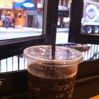 Foto scattata a High Heat Burgers & Tap da Abdullah A. il 10/26/2012