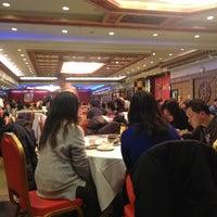 Photo prise au Jing Fong Restaurant 金豐大酒樓 par John T. le12/19/2012
