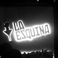 Снимок сделан в La Esquina пользователем Gustavo B. 10/6/2012