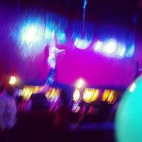 รูปภาพถ่ายที่ Drink Houston โดย Tony L. เมื่อ 1/4/2013