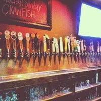 Foto tirada no(a) The West End Gastro Pub por Tony L. em 5/1/2013