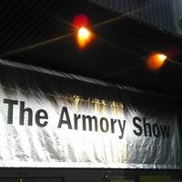 3/8/2013にNoah @Noah_Xifr X.がThe Armory Showで撮った写真