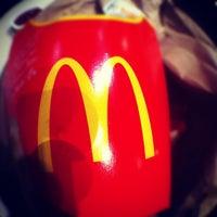 10/14/2012 tarihinde Keeden G.ziyaretçi tarafından McDonald's'de çekilen fotoğraf