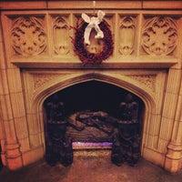 Foto scattata a Reynolds Club da Jenna C. il 12/2/2012