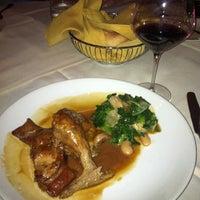 6/13/2013에 Debbie H.님이 Ferraro's Italian Restaurant & Wine Bar에서 찍은 사진