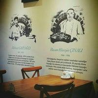Foto scattata a Gazyağcı Furun Kebabı 1891 da Çimen U. il 5/19/2016