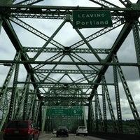 Снимок сделан в Oregon/Washington State Line пользователем Lina 5/25/2013
