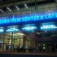 Foto tomada en Angelika Film Center at Mosaic por Jordan R. el 10/16/2012