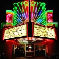 Снимок сделан в Laurelhurst Theater & Pub пользователем Aaron L. 10/12/2012