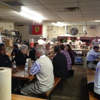 Photo prise au Antico Pizza Napoletana par Carly L. le10/11/2012