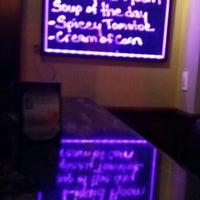 Das Foto wurde bei Liquid Room Restaurant & Bar von Jayson M. am 2/15/2014 aufgenommen