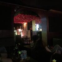 Das Foto wurde bei Kara Kas Bar von Adriana C. am 6/17/2018 aufgenommen