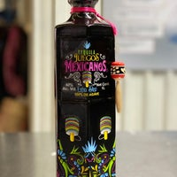 Das Foto wurde bei Emilio's Beverage Warehouse von Ernesto (Tequila Man) A. am 12/20/2019 aufgenommen