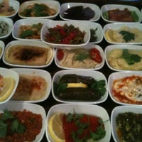 Foto diambil di Abbas Restaurant oleh Irmak Y. pada 11/10/2012