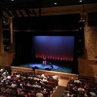 9/21/2012에 Chris C.님이 Ridgefield Playhouse에서 찍은 사진