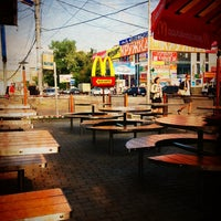 Снимок сделан в McDonald's пользователем Roman P. 6/5/2013