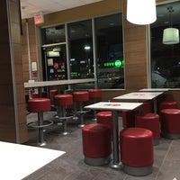 Снимок сделан в McDonald's пользователем Michael H. 2/7/2017