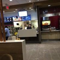 Снимок сделан в McDonald's пользователем Michael H. 2/6/2017