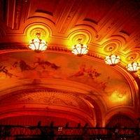 Photo prise au The Warfield Theatre par Chio B. le5/4/2013