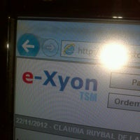 Foto tirada no(a) E-xyon por Claudia L. em 11/22/2012