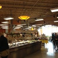 Photo prise au Mariano's Fresh Market par Sharon O. le11/11/2012