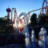Six Flags Magic Mountain Flash Pass Bathroom - Valencia - Santa