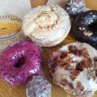 Photo prise au Sidecar Doughnuts & Coffee par Angela S. le3/30/2016
