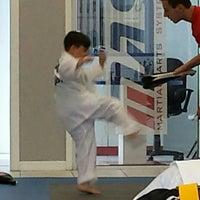 Foto tomada en ATA Karate por Frank L. el 7/2/2014