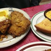 รูปภาพถ่ายที่ Big Mama's Kitchen โดย Margaret S. เมื่อ 12/22/2013