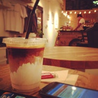 Foto scattata a MAKERS COFFEE da つか な. il 8/19/2013