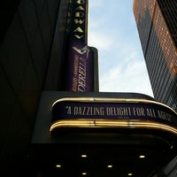 Foto tirada no(a) Cinderella on Broadway por ErinMarie R. em 5/17/2013